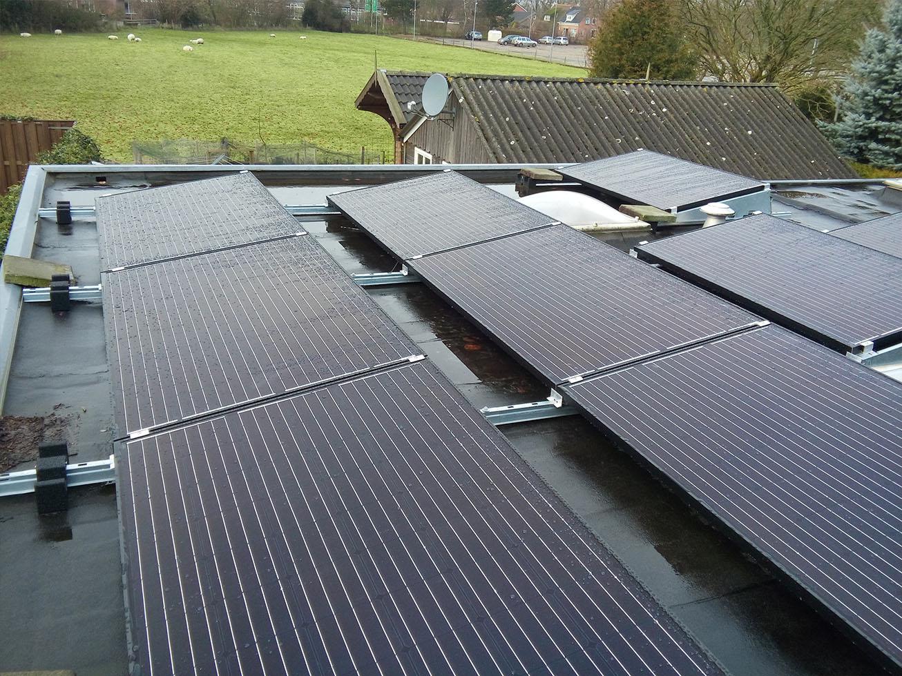 Marum zonnepanelen plat dak noordzon
