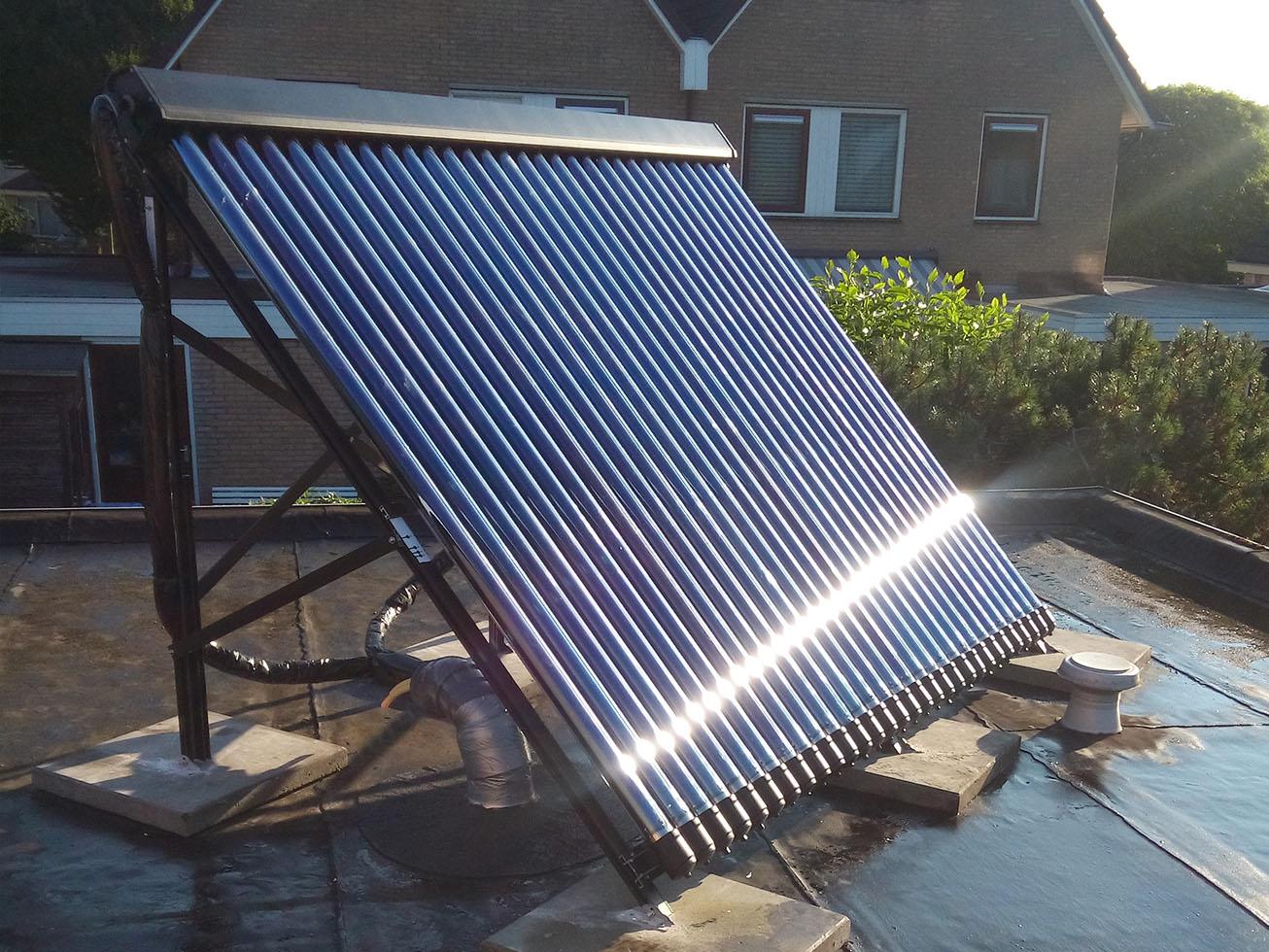 Zonnepanelen en zonneboiler installatie 2